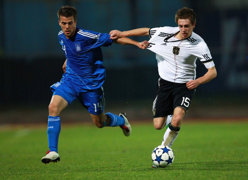 File picture of Nikos Tsoumanis of Greece (L) and Patrick Herrmann of Germany