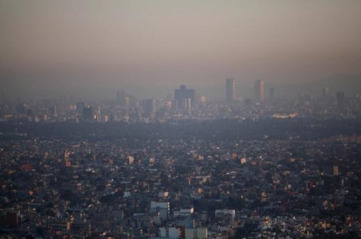 air pollution in large modern cities essay Large amounts of air pollution are generated by the  sunny climate are perfect for trapping and forming air pollutants most california cities are built on plains.
