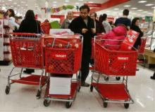 """U.S. shoppers welcome early start to """"Black Friday"""""""