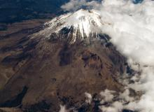American climber dies on Mexico's highest volcano.