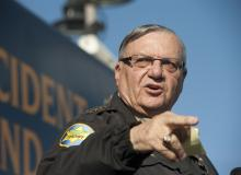joe arpaio pointing
