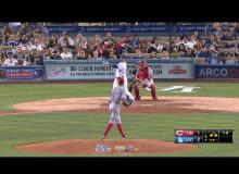 Reds Vs. Dodgers Highlights 8.14.15: Adrian Gonzalez's Homer Lifts LA Over Cincinnati 5-3 [VIDEO]