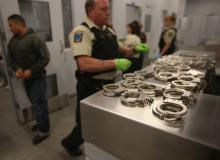 immigration handcuffs