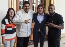First Lady Cilia Flores, President Nicolas Maduro and actors Jamie Foxx and Lukas Haas