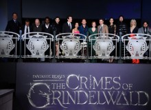JK Rowling with 'The Crimes Of Grindelwald' cast