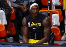 Dwight Howard #39 of the Los Angeles Lakers