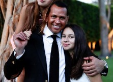 Alex Rodriguez with his daughters.