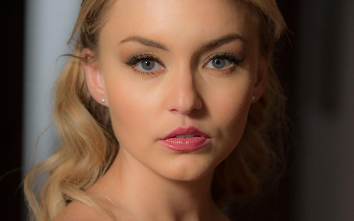 http://images.latintimes.com/sites/latintimes.com/files/styles/picture_this/public/2014/07/04/10-fun-angelique-boyer-facts_2.jpg