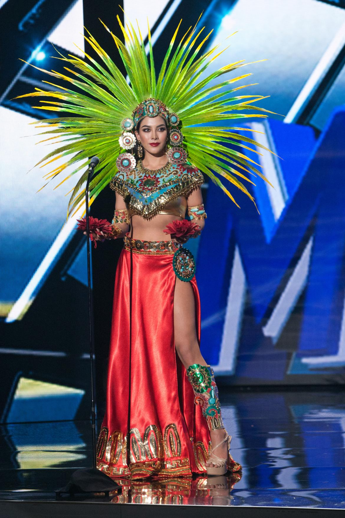 Fotos De Miss Colombia 2017 >> Miss Universe 2015 National Costume Show Photos: See ...