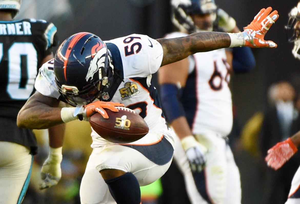 Danny Trevathan Mocks Cam Newton With 'Dab Dance'