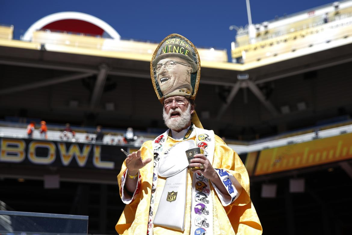 'The Pope' Blesses Super Bowl 50