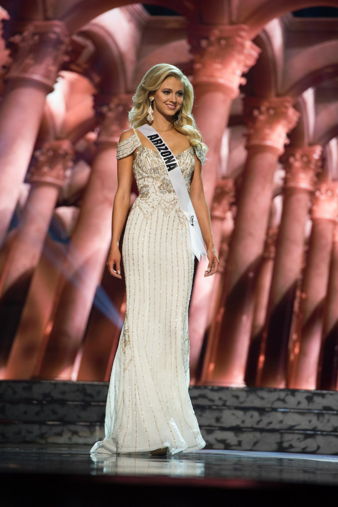 Miss USA 2016 Photos: See All 52 Beauty Queens In Evening