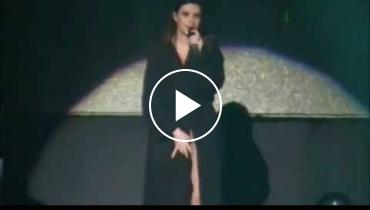 OMG! Laura Pausini Exposes Her ... Vajayjay... During Concert In Peru!