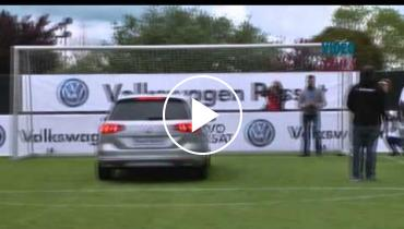 Atletico Madrid Players Drive Car Blind For Volkswagen